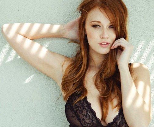 Leanna Decker Beautiful Redhead Most Wonder Woman Filthy Family 1