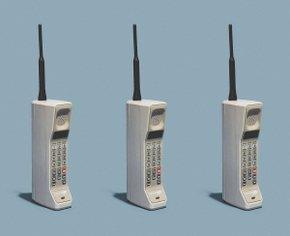 7 причин, почему ты постоянно сидишь в телефоне