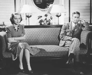 Как совместный карантин может повлиять на отношения с партнёром: интервью с экспертом